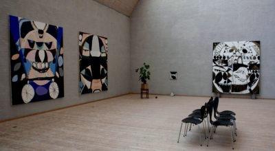 """Abstrakte billeder fra udstillingen """"Deceitful Strategies and Lots of Diamonds"""" med Mie Olise Kjærgaard på Himmerlands Kunstmuseum"""